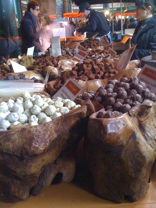 Borough Market - Trufle i czekoladki na jednym ze stoisk